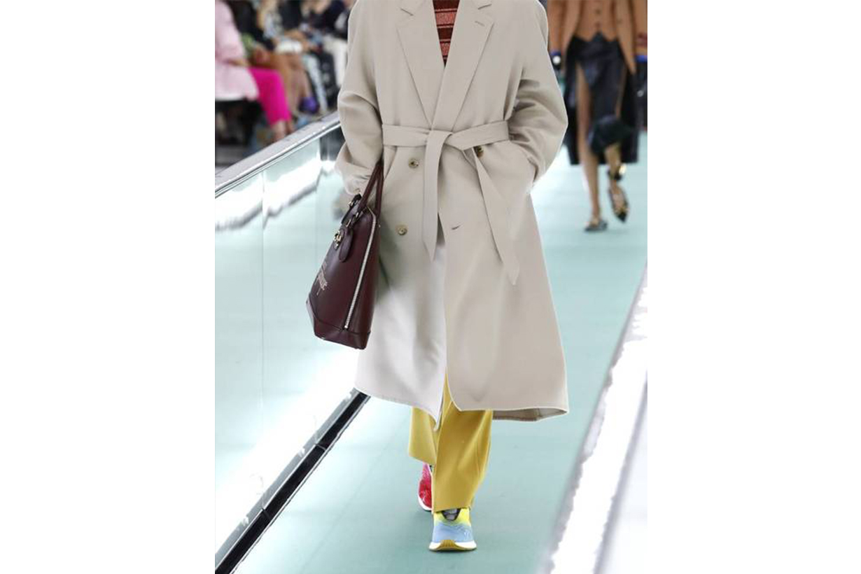 colour sneakers Gucci Runway