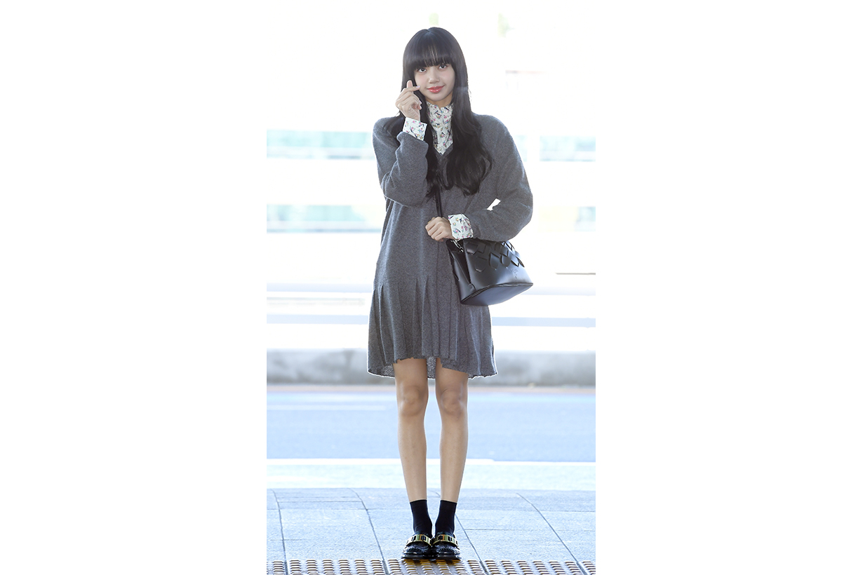 BLACKPINK Lisa Jennie Jisoo Rose 2020 Fall Winter 2020 Milan Fashion Week MFW k pop korean idols celebrities singers girl bands