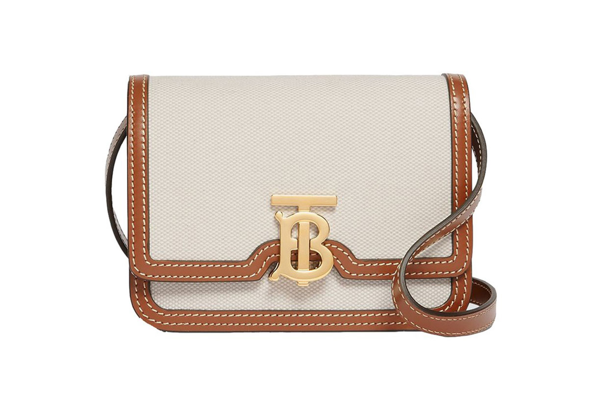BURBERRY CRAFTS ITS SIGNATURE BAGS IN CANVAS FOR THE SS20 SEASON