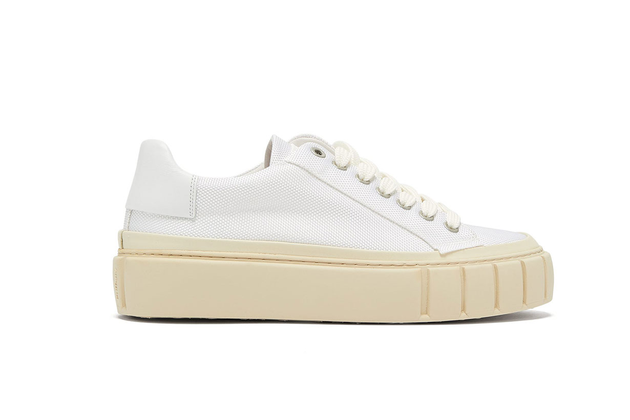 Dyo Canvas Trainers