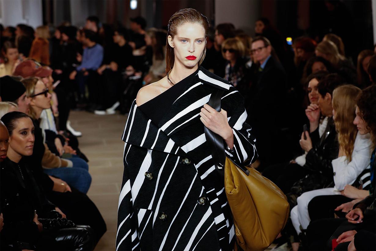NYFW 2020 New York Fashion Week 2020 Fall Winter FW 2020 LaQuan Smith Oscar de la Renta Proenza Schouler Chromat Tory Burch Brandon Maxwell Hairstyles Idea Hairstyles Trends 2020