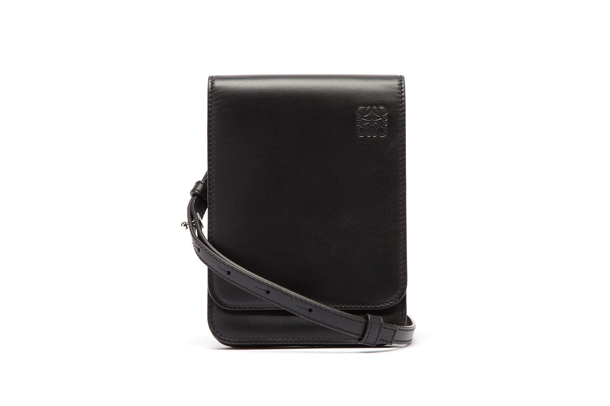 Gusset flat leather cross-body bag