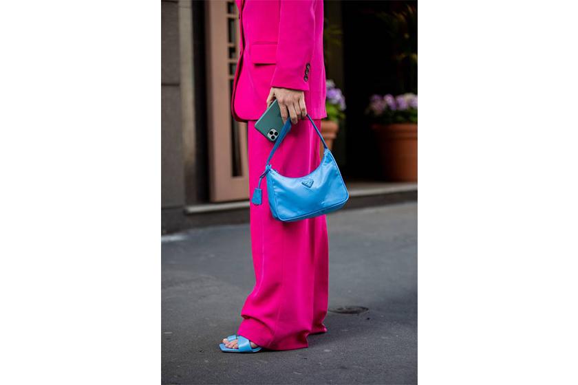 prada budgeted it bag re edition nylon bag