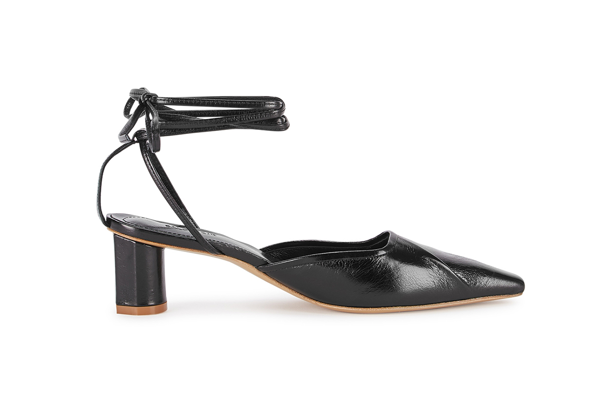 SALONDEJU  Volure 50 black leather sandals