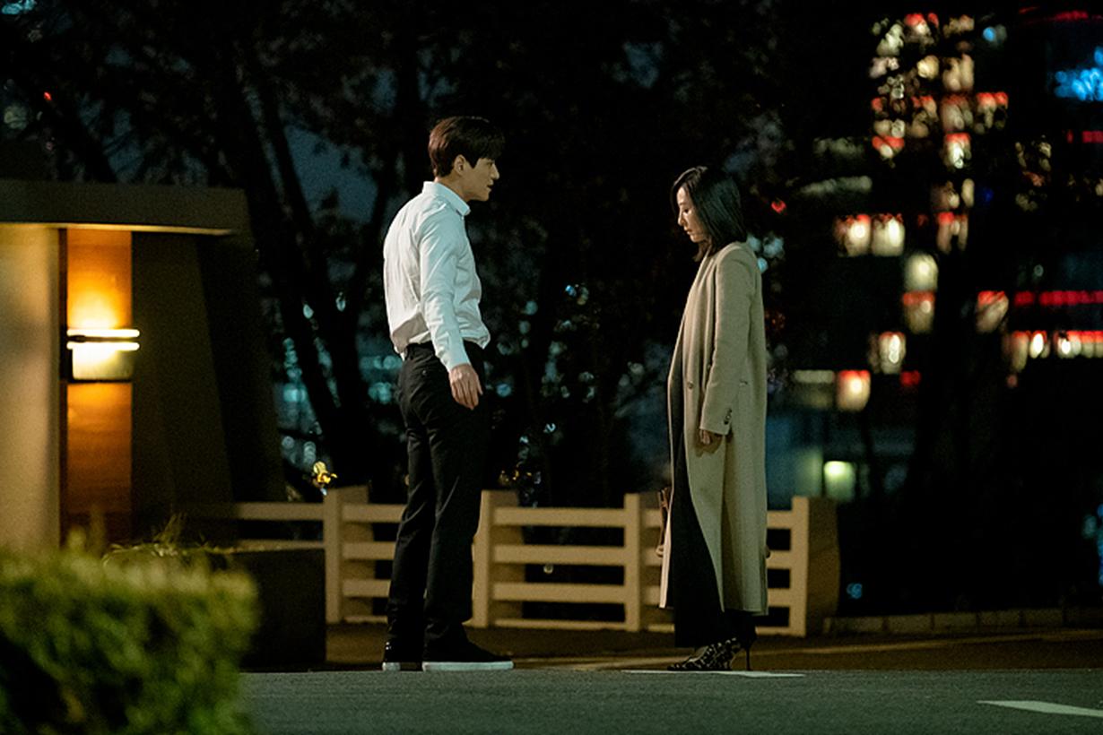 The World of the Married Park Hae Joon Kim Hee Ae Han So Hee JTBC Korean Drama Marriage Love Relationship Men feature Korean idols celebrities actors actresses