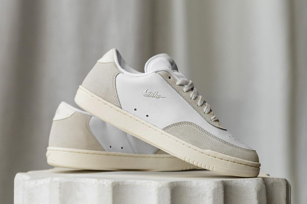 Nike Sportswear Platinum Tint Air Force Blazer Court Vintage