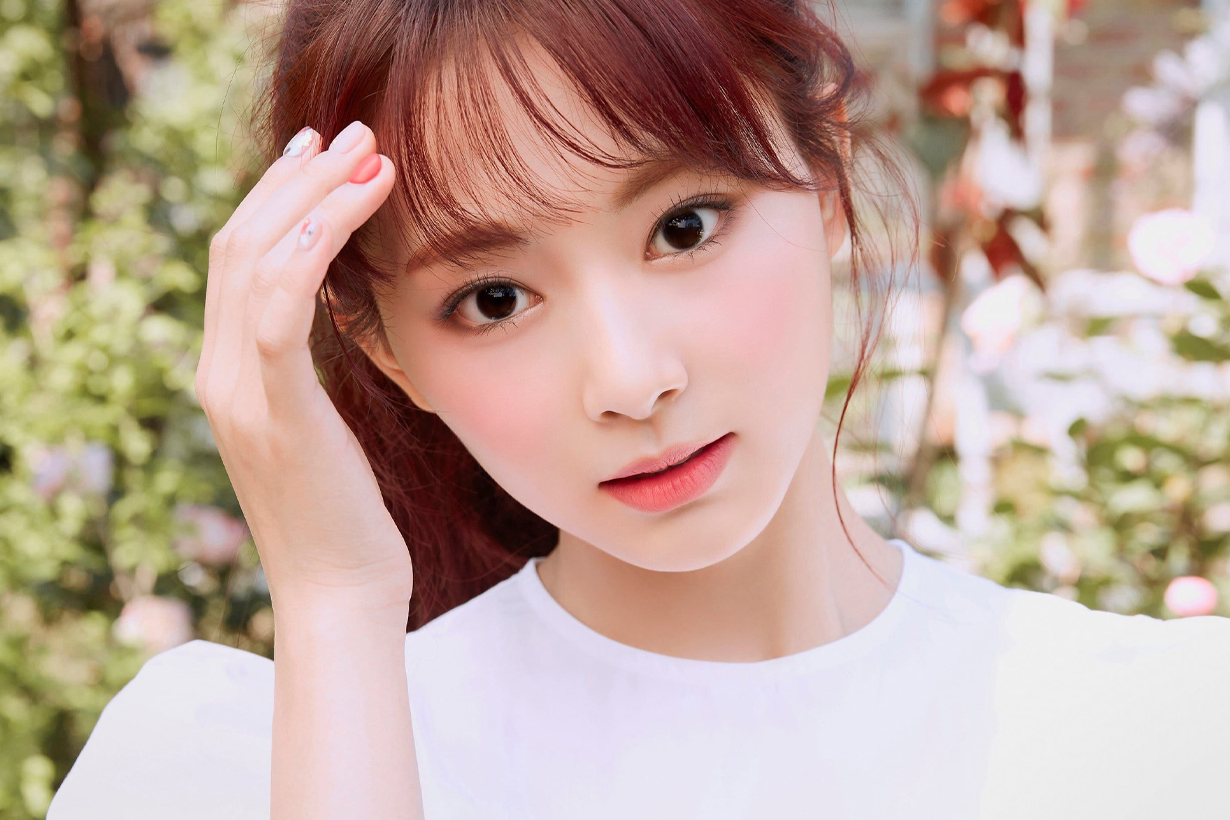 TWICE Chou Tzu Yu Tzuyu More & More JYP Entertainment 2020 June Celebrities Makeup Tips 2020 Summer Makeup Trend korean idols celebrities singers girl bands