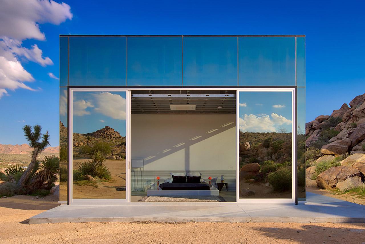 Invisible House Chris Hanley Tomas Osinski mirror house in California