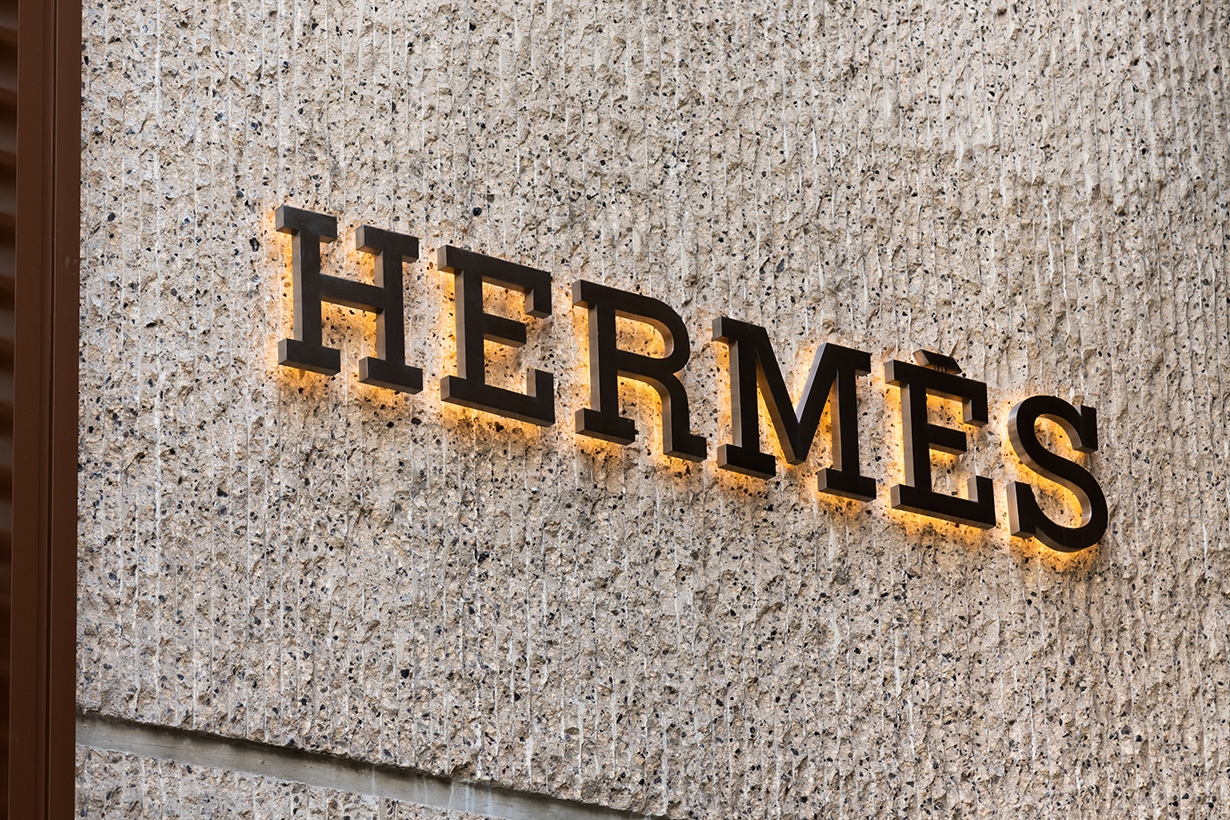 hermes record high market value covid-19 fashion industry