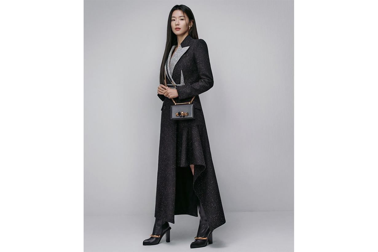 Jun Ji Hyun Alexander McQueen Korean Product Endorser Advertising Endorser Brand Spokesperson The Jewelled Satchel korean idols celebrities actresses