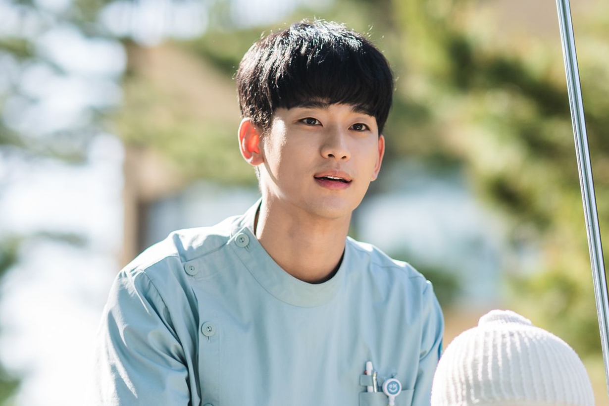 Kim Soo Hyun It's Okay to Not Be Okay Dream High Moon Embracing the Sun My Love from the Star The Producers Real Jun Ji Hyun IU Lee Ji Eun Gong Hyo Jin highest paid korean actors korean celebrities idols