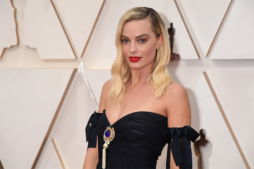 margot robbie pirates of the caribbean film