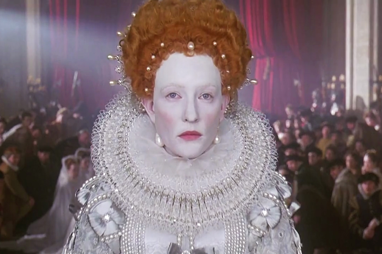 Queen Elizabeth I of England Ireland France The Virgin Queen Lipstick White Skin beauty standard Ruff Collar fashion trends