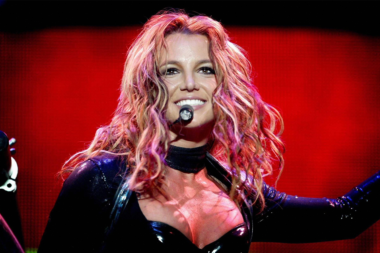 Britney Spears Miley Cyrus Lindsay Lohan Jamie Spears Billy Ray Cyrus Michael John Celebrities Parents Hollywood actresses Singers  Rebellious Crazy Lives
