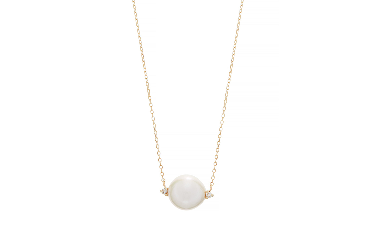 pearl necklace accessories 2020 summer trend