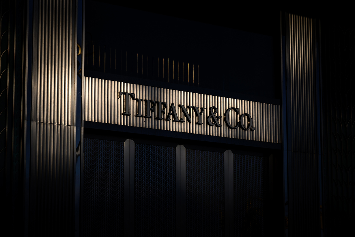 lvmh Tiffany co acquisition delayed news luxury brand