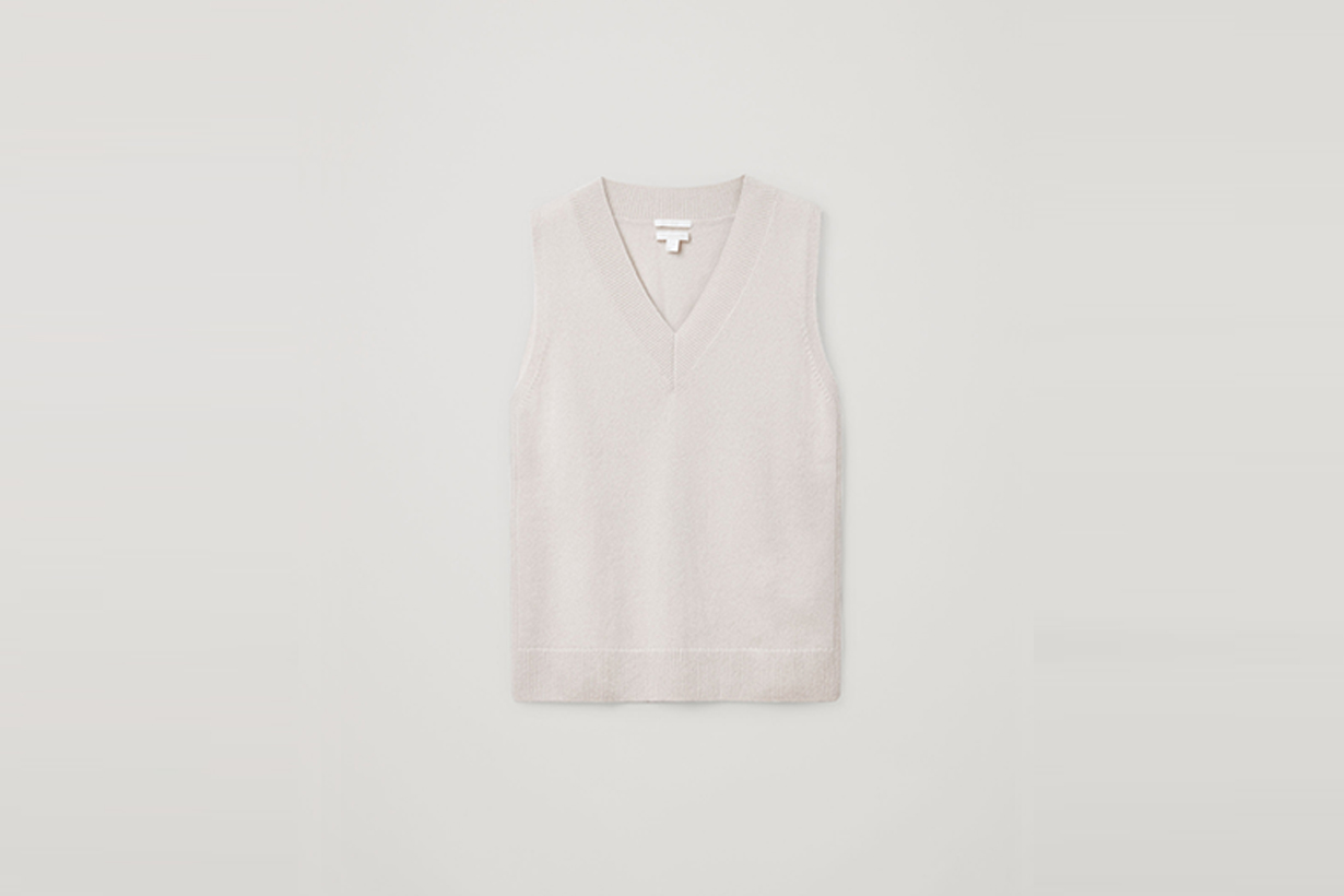 cos core by essentials 2020 fw minimal sustainable knitwear sweaters coats dresses