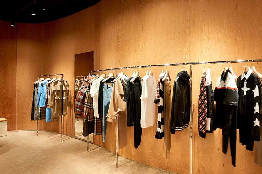 Burberry-new-store-K11-Musea-Tsim-Sha-Tsui