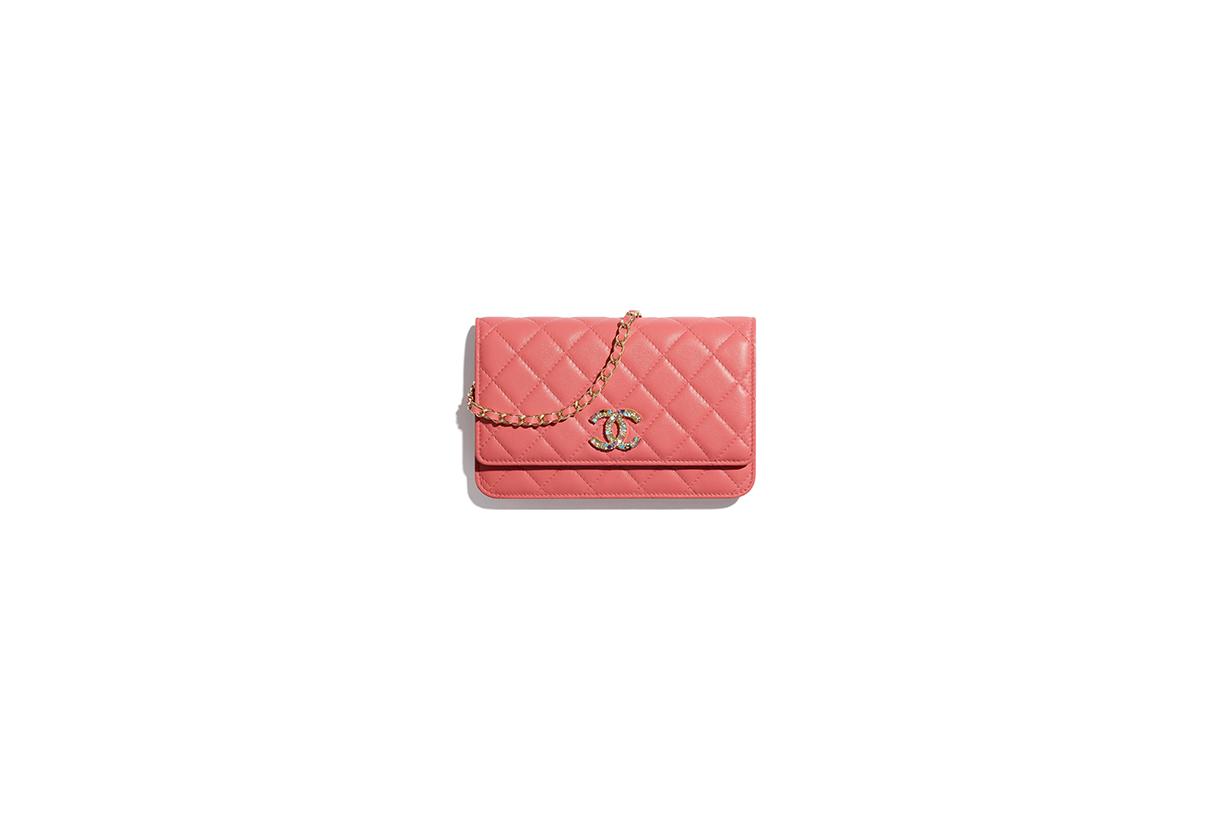 chanel 2021 cruise coral pink handbags 19 hobo all
