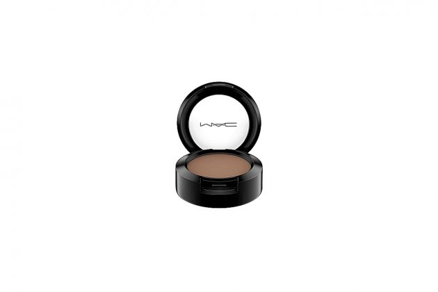 lisa m.a.c ambassador all products color eye shadow lip matte foundation