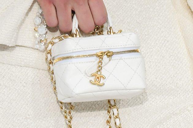 chanel pfw ss 21 mini handbags vanity case