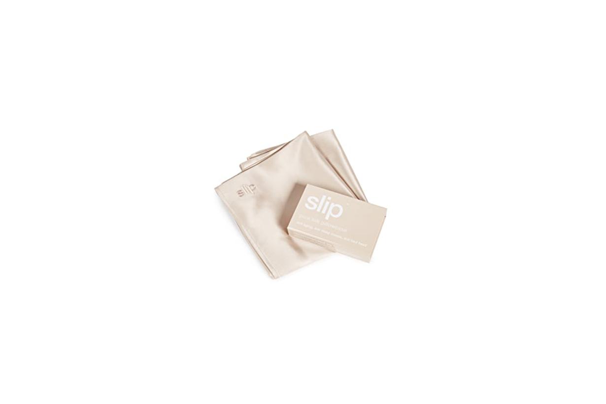 Christmas 2020 Christmas Gift Exchange Presents Recommendation ACNE STUDIOS Scarf Slip Pillowcase BURBERRY Cardholder