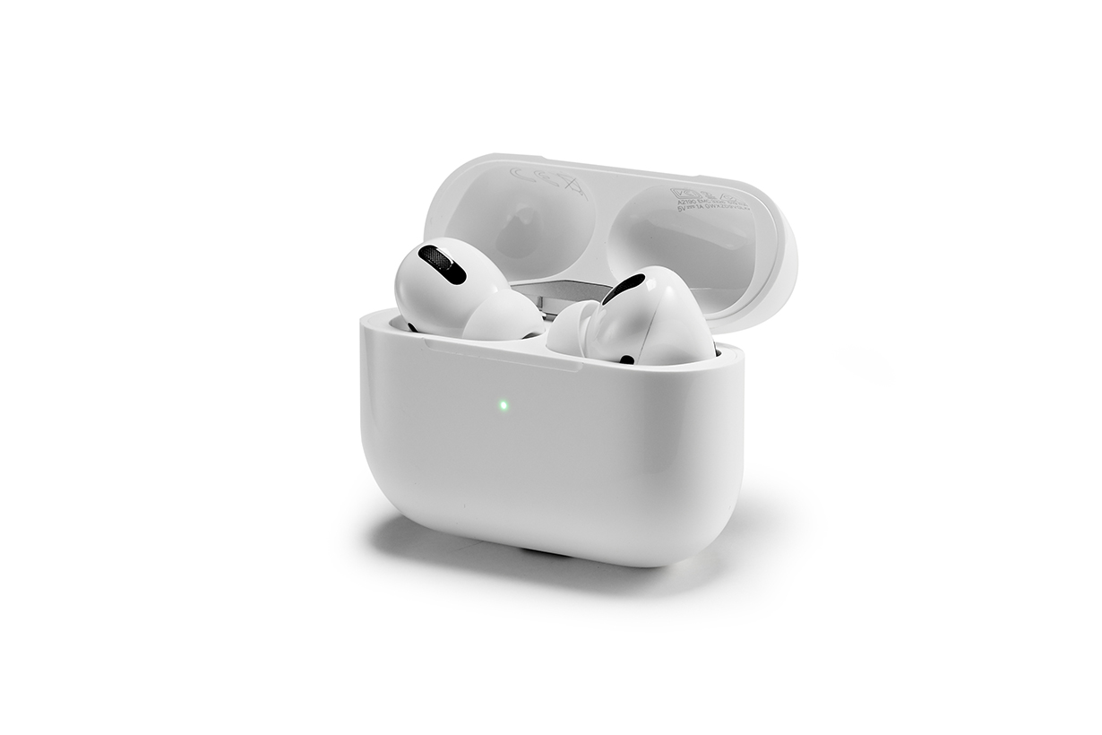 apple airpods pro free replacement