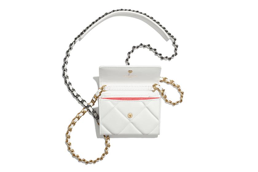 Chanel 19 Flap Coin Purse With Chain Handbags