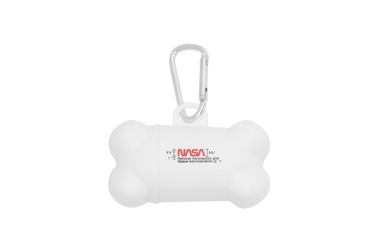 HERON PRESTON White VIP Edition Poop Bag Dispenser Tag