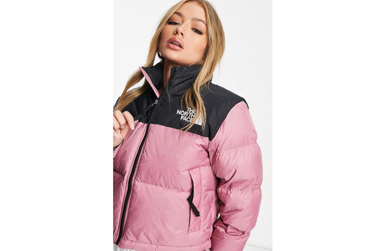 Nuptse cropped jacket in pink