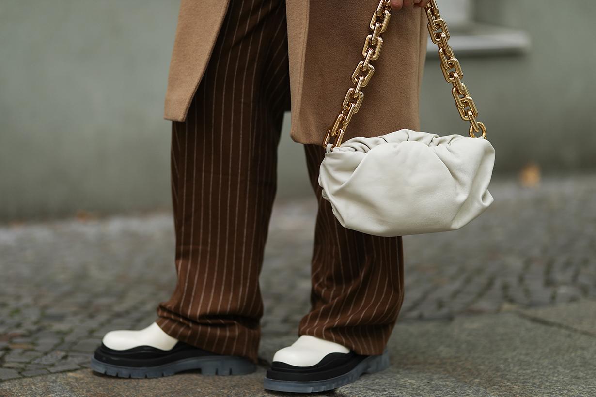 luxury brands social media bottega veneta deleting instagram influencer marketing