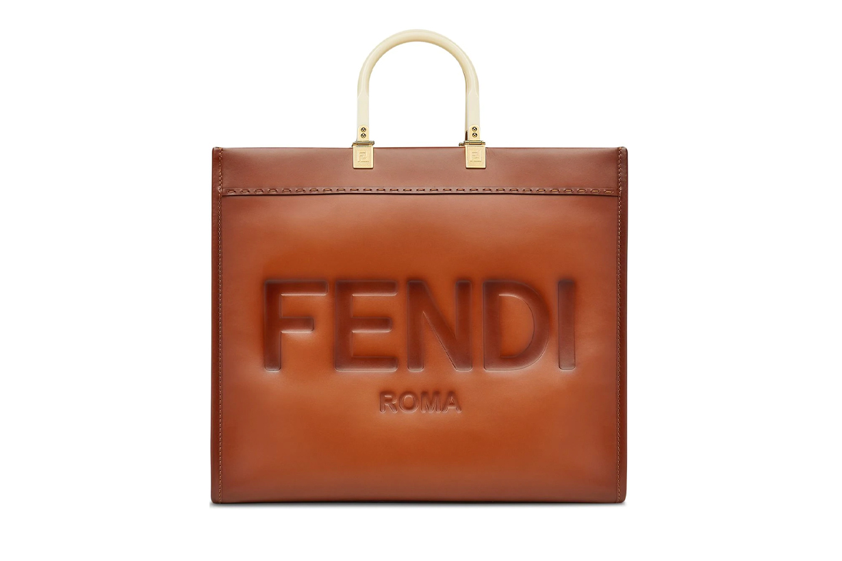 Song Hye Kyo Fendi Korean Brand Ambassador Handbags Trend Peekaboo Karligraphy Tresor Bucket Bag Kan U Shoulder Bag Baguette