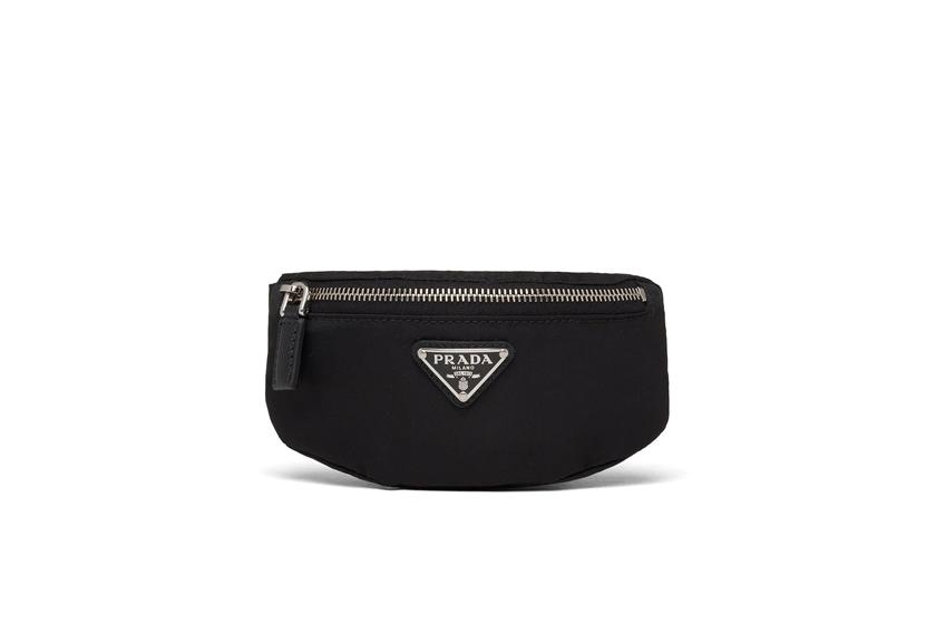 logo-plaque pouch bag