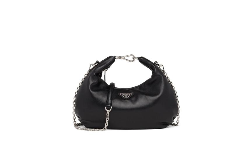 chain-link detail shoulder bag