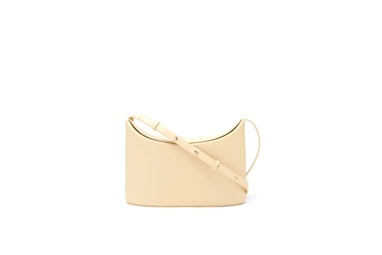 Handbag trends 2021 Spring Summer Office style office handbags go to work look fashion items