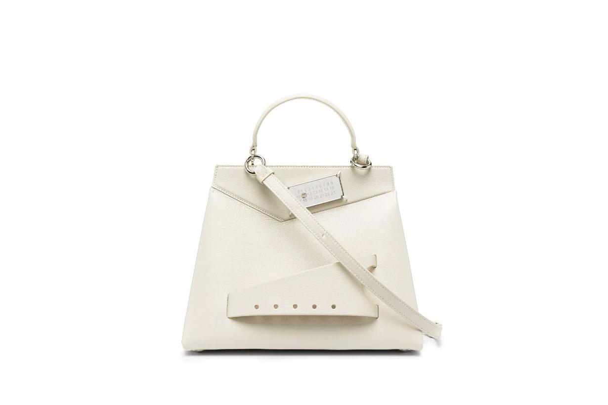 White Handbags 2021 spring summer fashion trends handbags trends fashion items