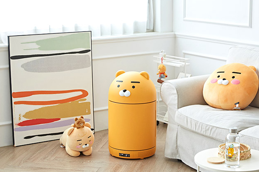 kakao friends makers ryan mini fridge refrigerator bluetooth speaker uv sanitizer