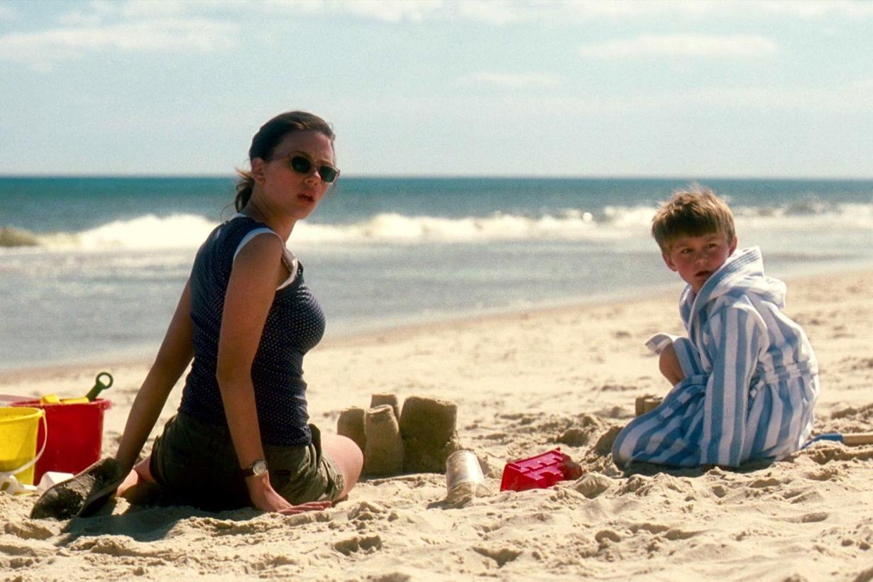 The Nanny Diaries Scarlett Johansson Chris Evans Laura Linney Nicholas Art  Alicia Keys  Movies