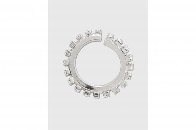 Nicole-Richie-said-hoop-earrings-are-the-everlasting-accessory-05