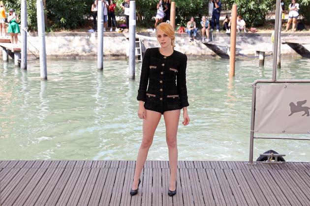 Kristen-Stewart-5-iconic-red-carpet-moments-2
